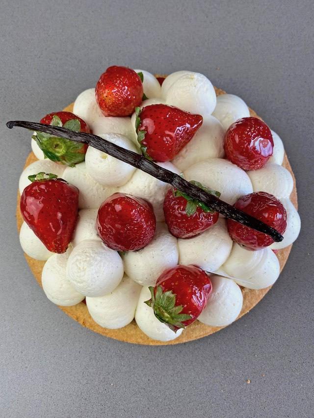 Tarta Breton de fresas y Chantilly de Mascarpone.