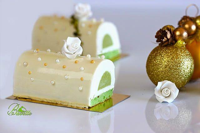 Bûche de Noel de coco y pistacho