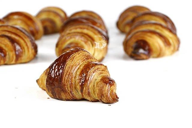 Croissants franceses de mantequilla
