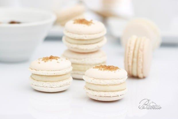 Macarons blanco con crema a la miel