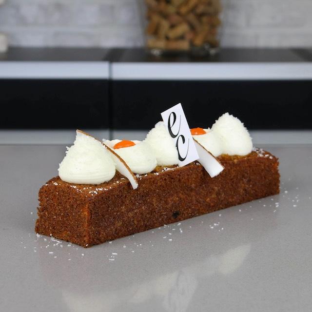 Pastel de Zanahoria y Coco con Crema de queso y vainilla