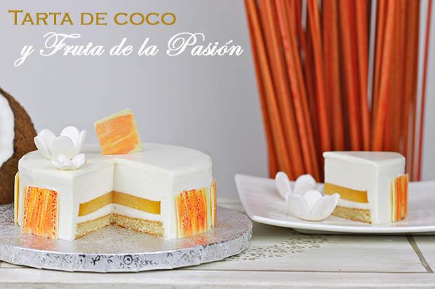 Tarta de coco y maracuyá, con glaseado blanco
