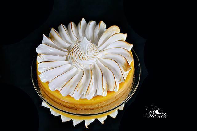 Tarta de limón y merengue suizo