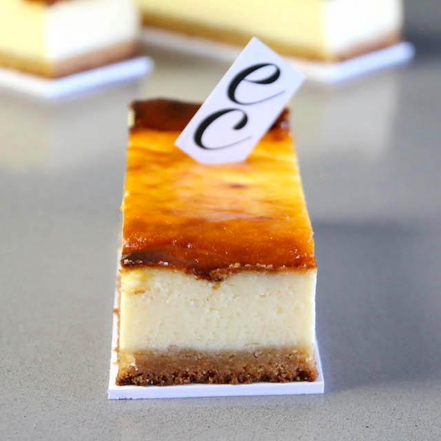 Pastel Cremoso de queso extra suave y delicioso